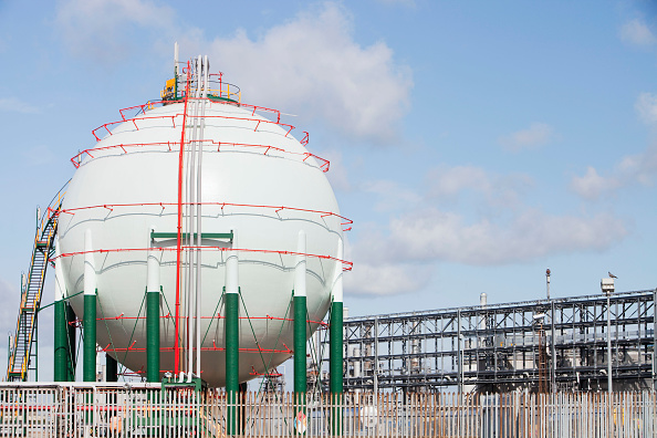 Sphere「A gas storage vessel at a Petrochemical plant on Teeside, North East, UK」:写真・画像(8)[壁紙.com]