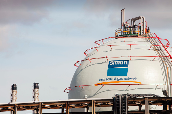 Sphere「A gas storage vessel at a Petrochemical plant on Teeside, North East, UK.」:写真・画像(7)[壁紙.com]