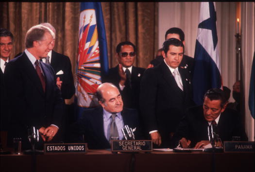 Canal「Panama Canal Treaties Signed In Washington D.C.」:写真・画像(16)[壁紙.com]