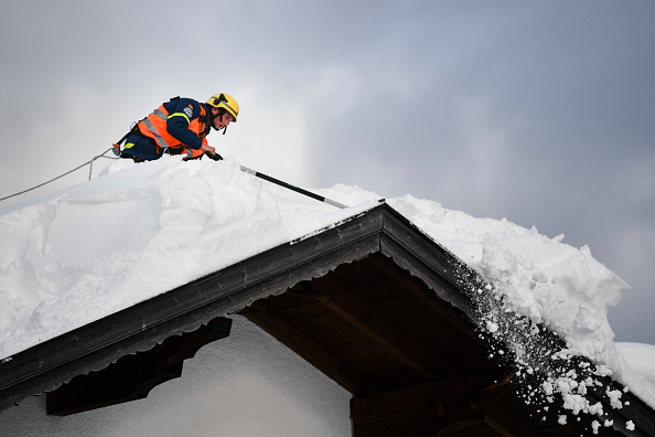 Krün「Austria And Southern Germany Inundated With More Snow」:写真・画像(14)[壁紙.com]