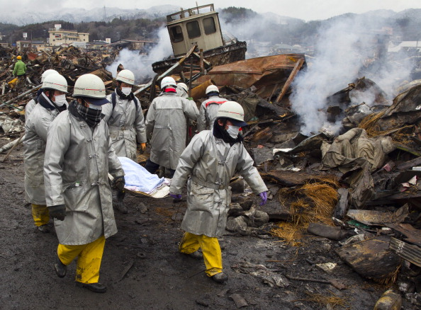 Japan「Rescue Work Continues in Japan As Nuclear Threat Looms」:写真・画像(1)[壁紙.com]