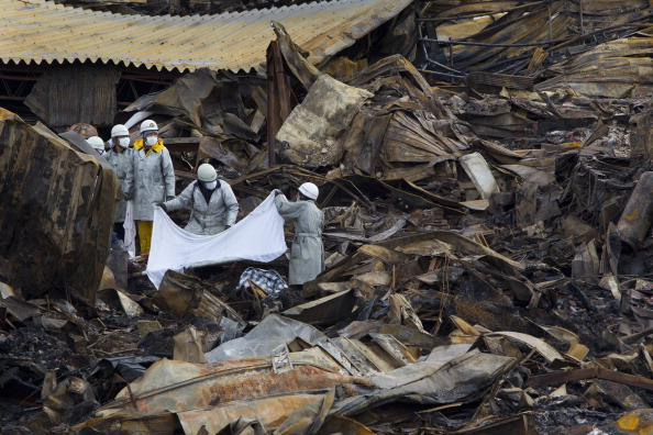 Japan「Rescue Work Continues in Japan As Nuclear Threat Looms」:写真・画像(16)[壁紙.com]
