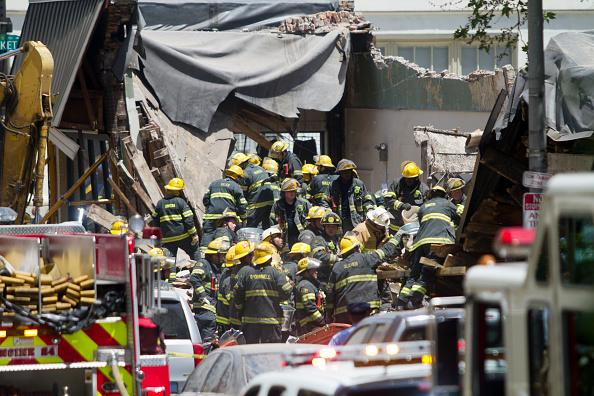 Philadelphia - Pennsylvania「People Trapped And Injured In Building Collapse In Philadelphia」:写真・画像(1)[壁紙.com]