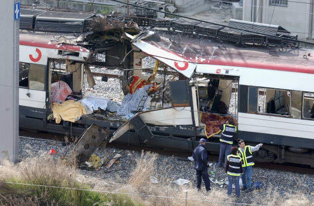 Madrid Train Blasts Cause Devastation:ニュース(壁紙.com)