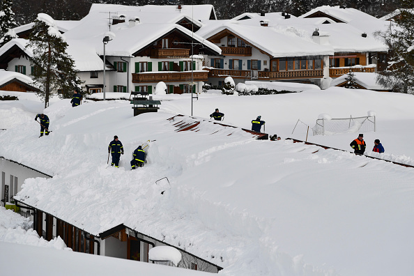 Krün「Austria And Southern Germany Inundated With More Snow」:写真・画像(18)[壁紙.com]