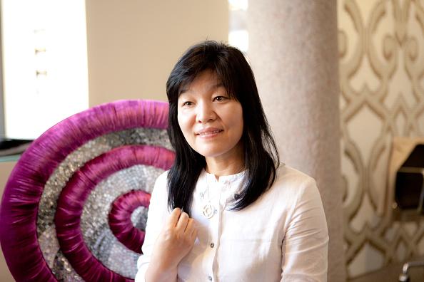 Human Limb「Kyung-Sook Shin」:写真・画像(1)[壁紙.com]