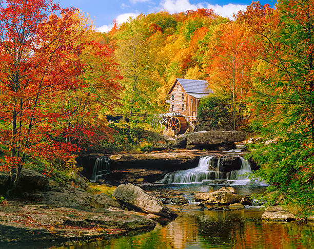 Glade Creek Grist Mill nostalgia blazing autumn colors West Virginia:スマホ壁紙(壁紙.com)