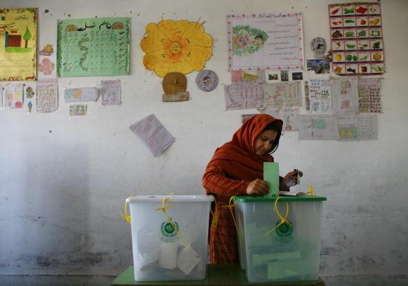 Pakistan「Pakistan Holds Parlimentary Elections」:写真・画像(15)[壁紙.com]
