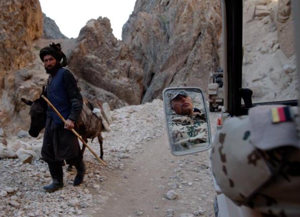 Taliban「German ISAF At Forward Support Base In Camp Marmal」:写真・画像(4)[壁紙.com]