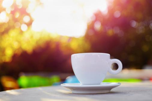 後ろボケ「のコーヒー」:スマホ壁紙(8)