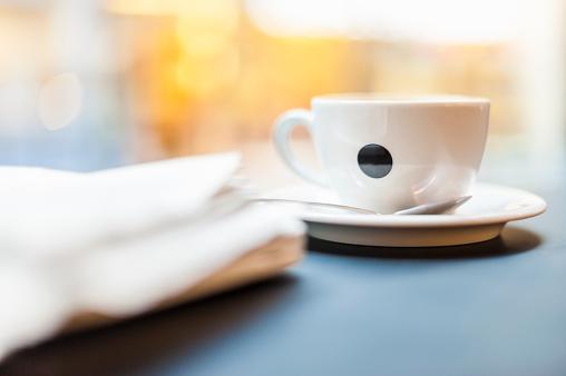 Coffee Break「Cup of coffee in a cafe」:スマホ壁紙(16)