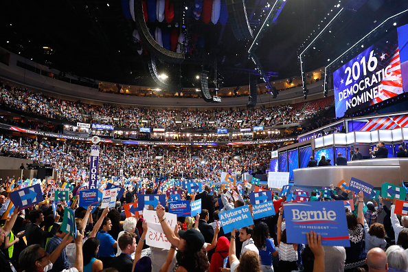 Wells Fargo Center - Philadelphia「Democratic National Convention: Day Two」:写真・画像(4)[壁紙.com]