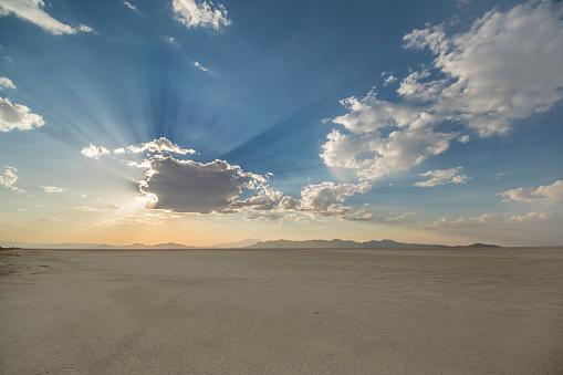 Utah「Bonneville Salt Flats At Sunset」:スマホ壁紙(0)
