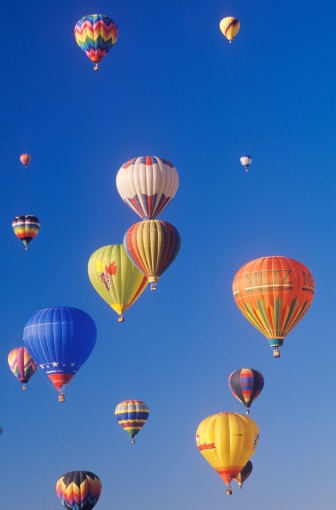 お祭り「Balloons take to the air at the Albuquerque International Balloon Fiesta in New Mexico」:スマホ壁紙(9)