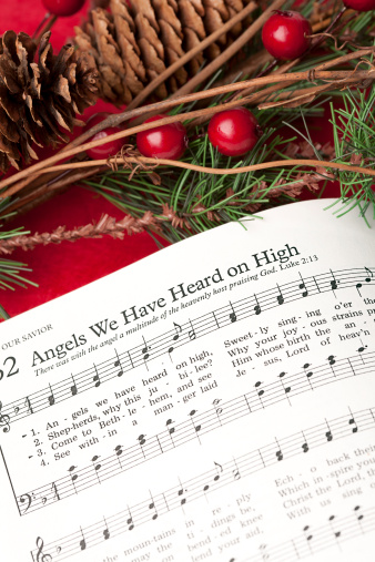 Singer「Christmas Hymn Angels We Have Heard on High」:スマホ壁紙(8)