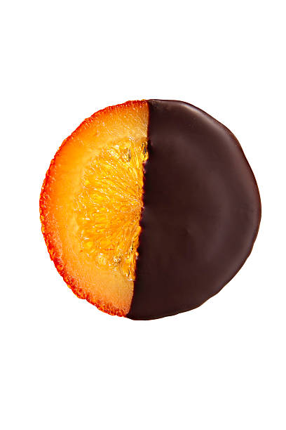 Candied chocolate-covered orange with clipping path:スマホ壁紙(壁紙.com)