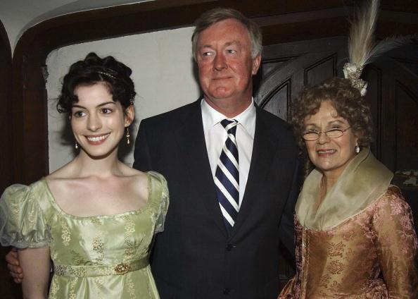 "Staring「John O?Donoghue Visits ""Becoming Jane"" Movie Set」:写真・画像(8)[壁紙.com]"