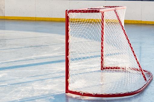 Ice-skating「Hockey gates before the match on top of street hockey」:スマホ壁紙(9)