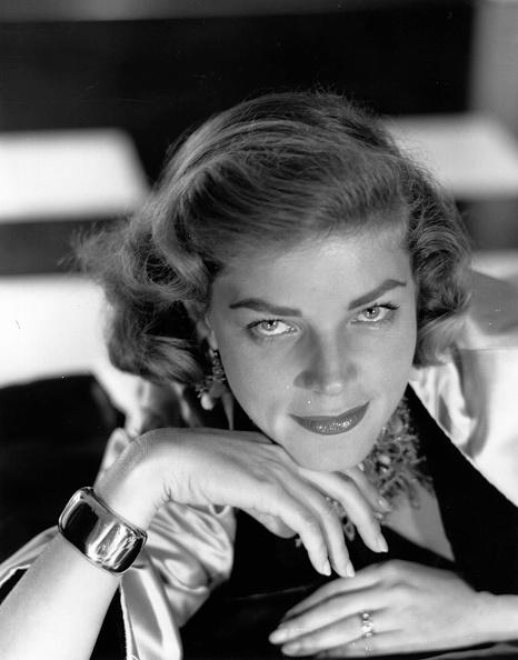 Lauren Bacall「Lauren Bacall」:写真・画像(10)[壁紙.com]