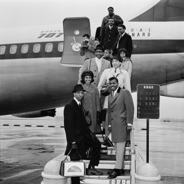 Smokey Robinson「The Miracles Arrive In London」:写真・画像(2)[壁紙.com]