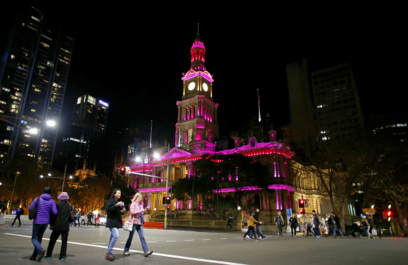 Orlando - Florida「Sydney Icons Illuminated Pink To Remember Orlando Night Club Shooting Victims」:写真・画像(12)[壁紙.com]