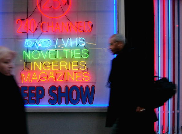Adult「Sex Shops Return To Times Square」:写真・画像(18)[壁紙.com]