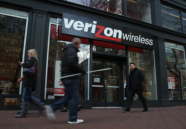 店「Verizon Reports Drop In Fourth Quarter Earnings」:写真・画像(8)[壁紙.com]