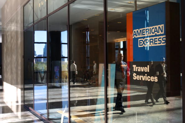 American Express「American Express To Cut 7000 Jobs As Part Of Cost-Cutting Plan」:写真・画像(17)[壁紙.com]