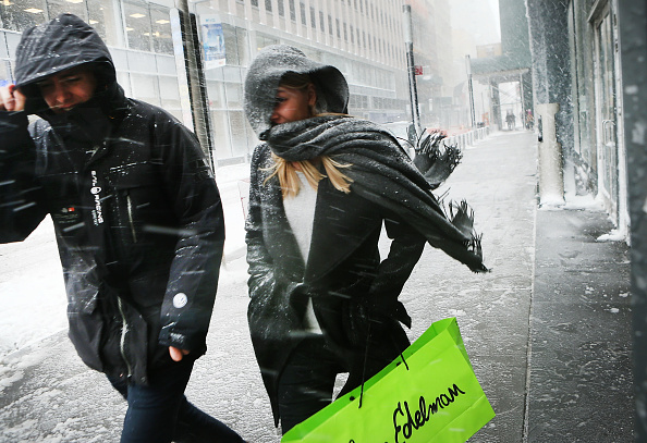 Wind「Massive Snowstorm Brings Up To Foot Of Snow To Large Swath Of Northeast」:写真・画像(10)[壁紙.com]