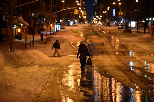 2016 Winter Storm Jonas「Huge Snow Storm Slams Into Mid-Atlantic States」:写真・画像(9)[壁紙.com]