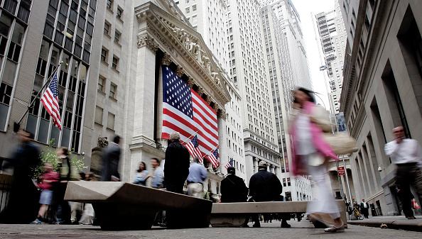 Dow Jones Industrial Average「Dow Industrials Approach 13,000 On Strong Durable Goods Data, Earnings」:写真・画像(17)[壁紙.com]