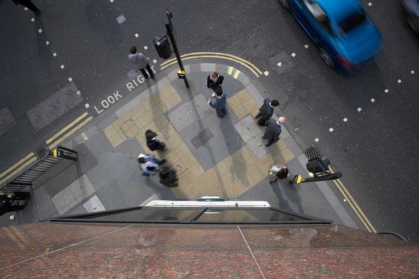 Sidewalk「Pedestrians, City of London, UK」:写真・画像(13)[壁紙.com]