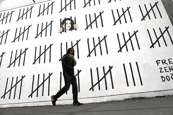 Graffiti「Subversive British Graffiti Artist Banksy Puts Up Two New Works In New York」:写真・画像(0)[壁紙.com]