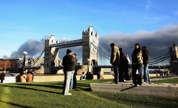2012 Summer Olympics - London「Thick Black Smoke Over London Skyline」:写真・画像(17)[壁紙.com]