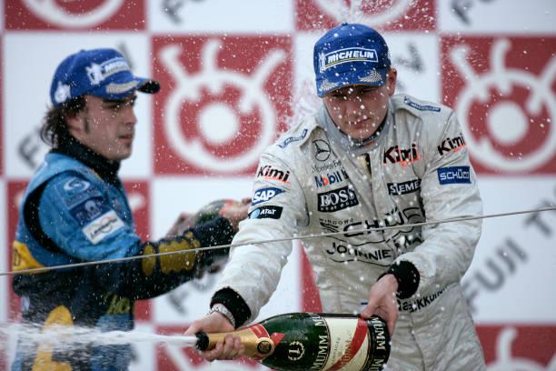 Japanese Formula One Grand Prix「Kimi Raikkonen, Fernando Alonso, Grand Prix Of Japan」:写真・画像(16)[壁紙.com]