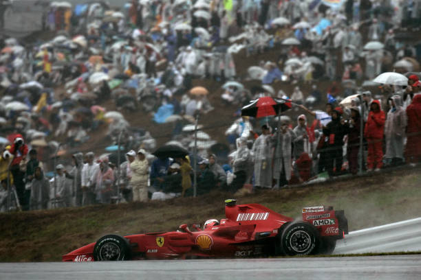 Japanese Formula One Grand Prix「Kimi Raikkonen, Grand Prix Of Japan」:写真・画像(16)[壁紙.com]