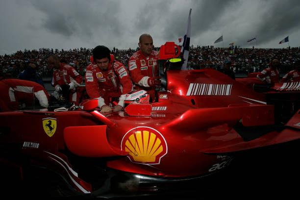 Kimi Räikkönen「Kimi Raikkonen, Grand Prix Of France」:写真・画像(11)[壁紙.com]