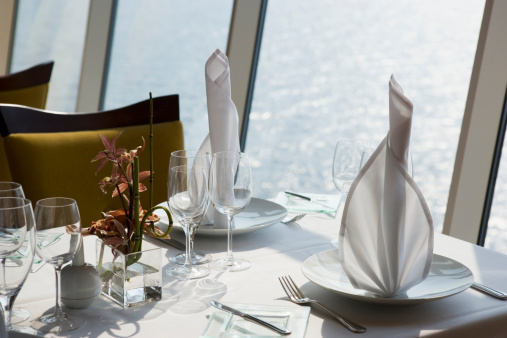 Cruise - Vacation「Restaurant table setting in cruise ship, close-up」:スマホ壁紙(18)