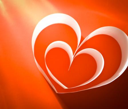バレンタイン「紙のハート」:スマホ壁紙(9)
