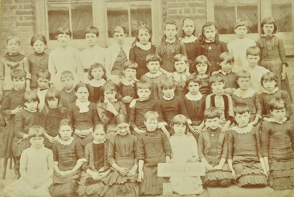 1880-1889「Class 3, Clyde Street School, Deptford, London, 1887. Artist: Unknown.」:写真・画像(3)[壁紙.com]