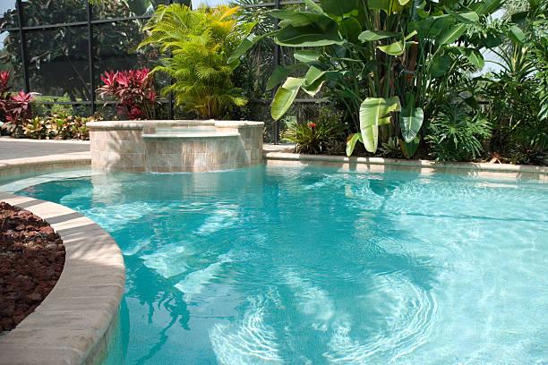 Pool with Waterfall / Hot Tub:スマホ壁紙(壁紙.com)