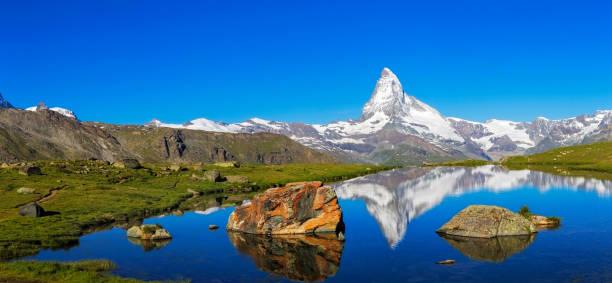 Sunny day with view to Matterhorn  - XXL Panorama:スマホ壁紙(壁紙.com)