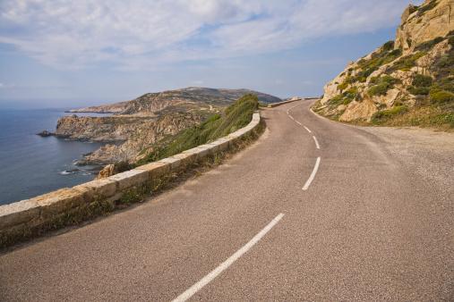Country Road「Road along coast south of Calvi, Corsica.」:スマホ壁紙(16)