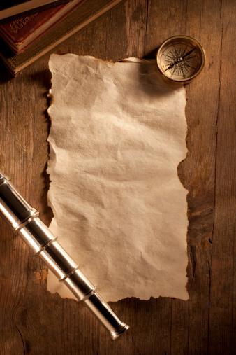 アンティーク「アンティーク紙の木製のデスク」:スマホ壁紙(6)