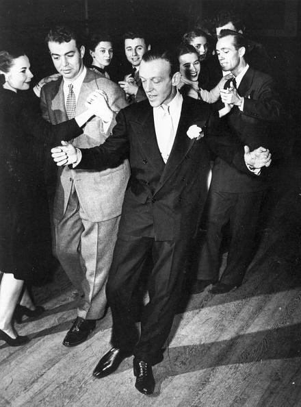 Hollywood - California「Astaire Teaching」:写真・画像(0)[壁紙.com]