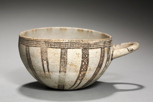 Republic Of Cyprus「One-Handled Bowl」:写真・画像(2)[壁紙.com]