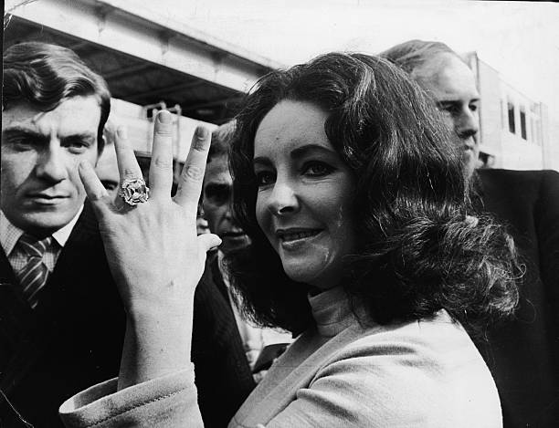 Elizabeth Taylor's Diamond Ring:ニュース(壁紙.com)