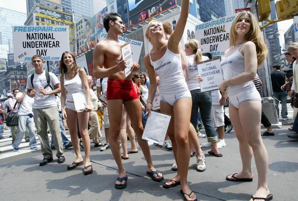 Panties「National Underwear Day Celebrates The Undressed」:写真・画像(15)[壁紙.com]