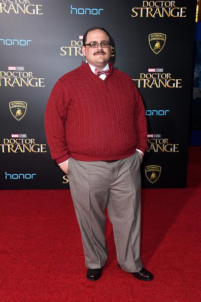 "El Capitan Theatre「Premiere Of Disney And Marvel Studios' ""Doctor Strange"" - Arrivals」:写真・画像(3)[壁紙.com]"