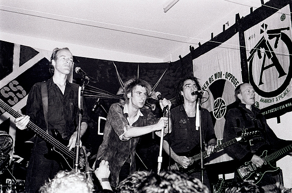 Andy Phillips「Crass At St Phillips Community Centre In Swansea」:写真・画像(6)[壁紙.com]